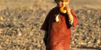 13-Bergwueste-Nomadenjunge